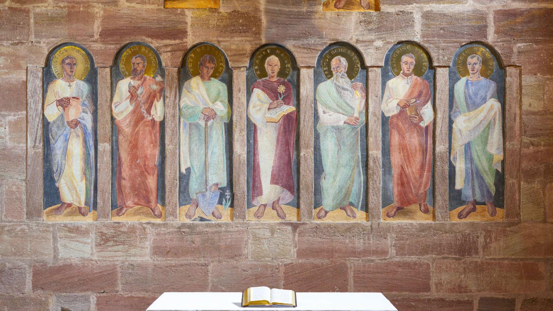 """Altarbild von den """"Sieben Werken der Barmherzigkeit"""" in der Rummelsberger Philippuskirche"""